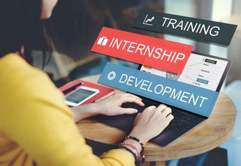 Top 7 Advantages of the Virtual (Online) Internship
